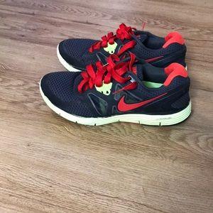 Nike shoes size 8 men's